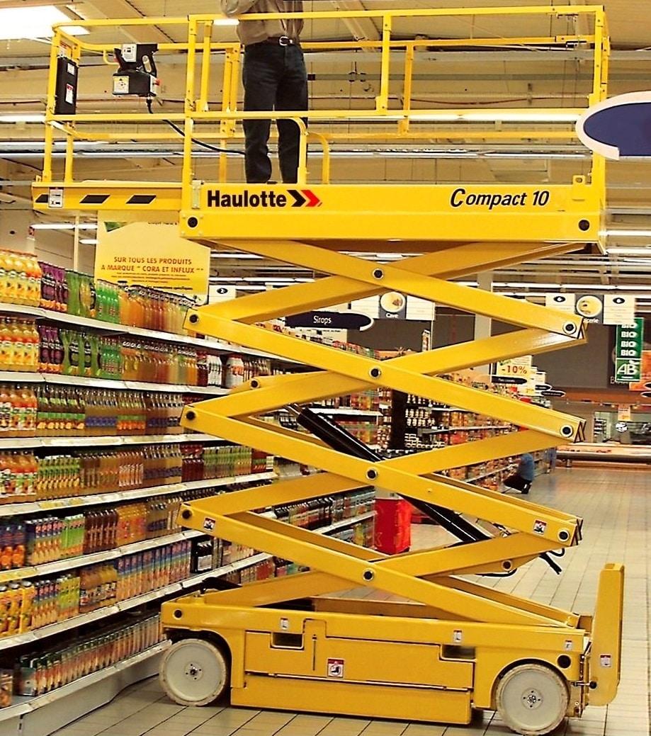 Haulotte Compact 10 - Tijera eléctrica 10 metros