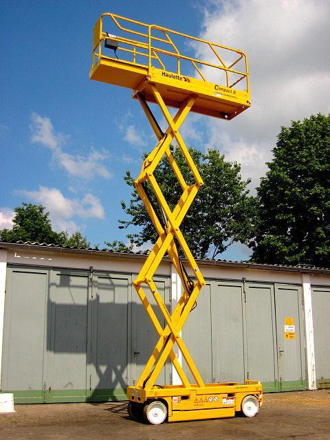 Compact 8N en alquiler - Tijera eléctrica 8 metros