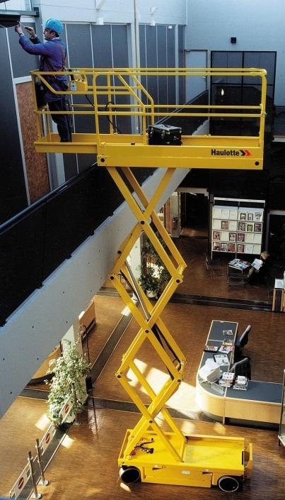 Haulotte Compact 8 W - Tijera eléctrica 8 metros