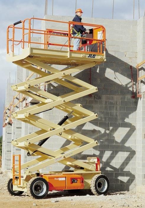JLG 153 12 - Tijera eléctrica 17 metros en alquiler