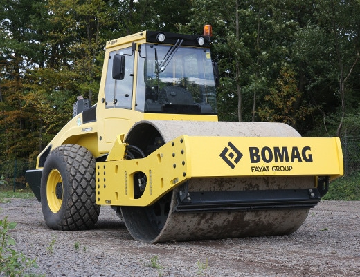 Rodillo Bomag BW 219 DH4