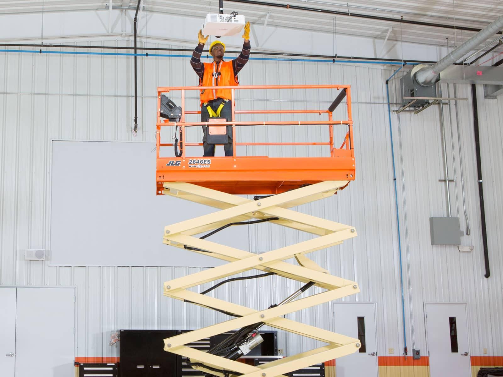 Tijera Eléctrica 10 metros JLG