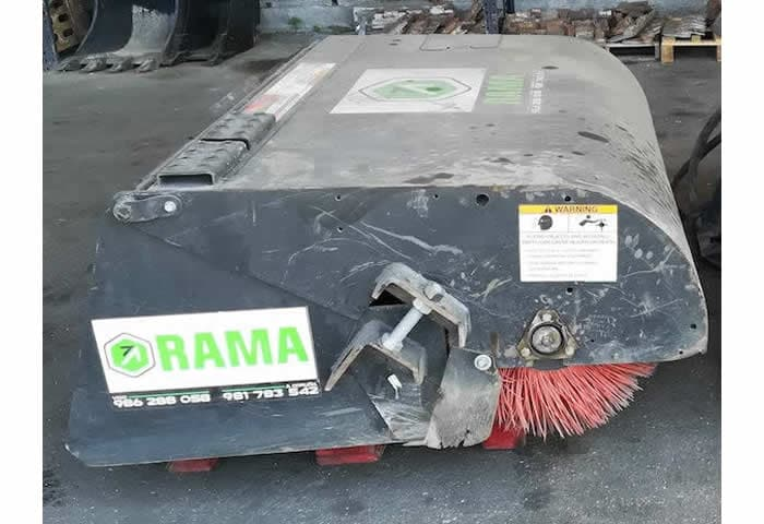 Implemento barredor Caterpillar BU115 en alquiler en Vigo