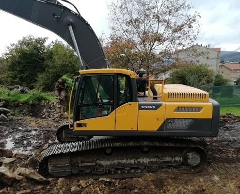 Excavadora volvo EC360DL seminueva