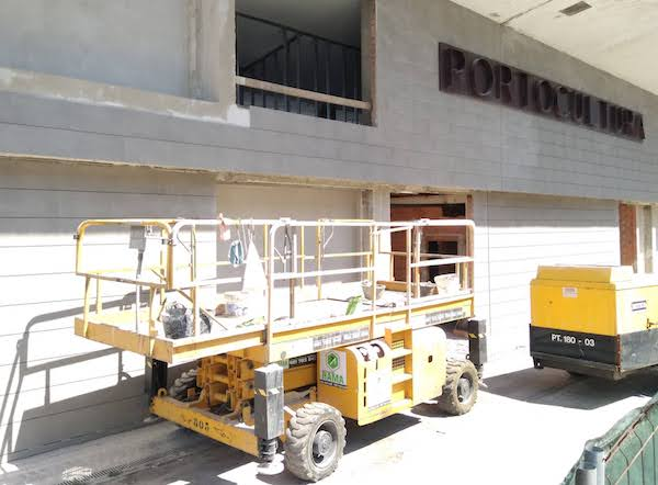 Plataforma tijera elevadora en alquiler Portocultura